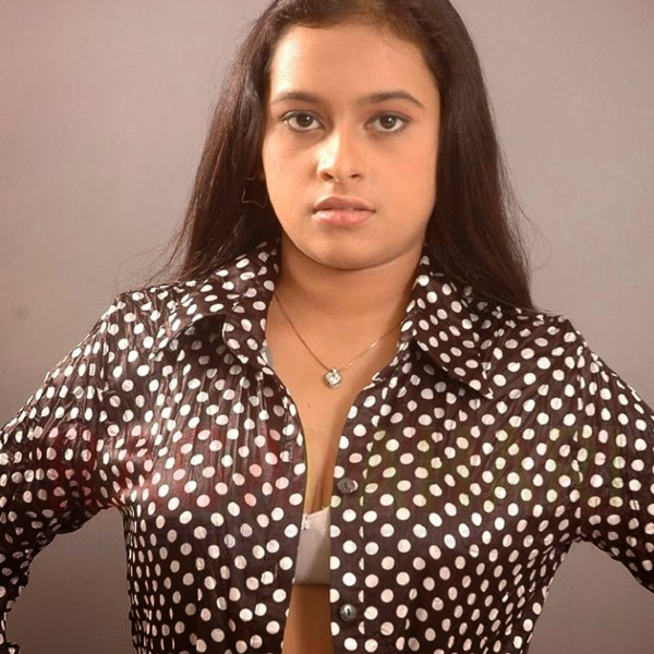 Divya Sri latest hot photos 2014 Actress HD Wallpapers