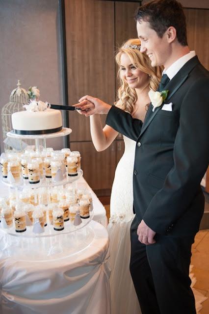 Dicas de Bolo de Casamento e Aniversario no Potinho personalizado
