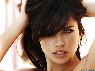 Sexy Adriana Lima Wallpapers