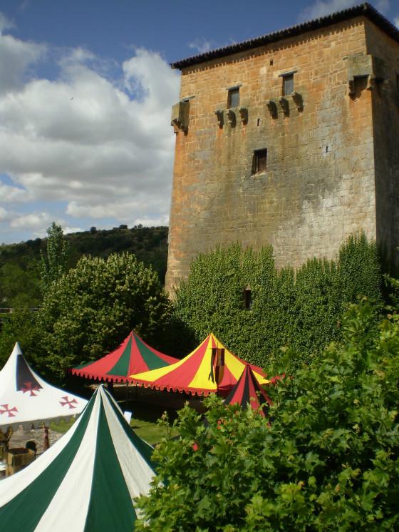 imagen_burgos_covarrubias_torreon_doña_urraca_medieval_evento
