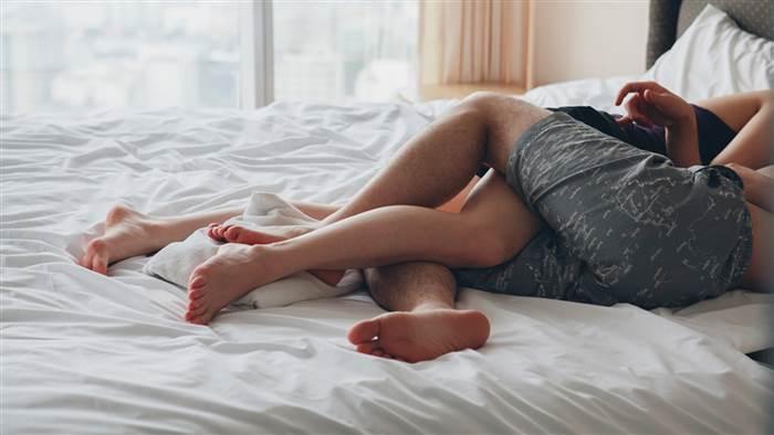 Nên hay không nên quan hệ trước hôn nhân