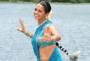Bhavana-kidnapped-and-harassed-Andhra-Talkies