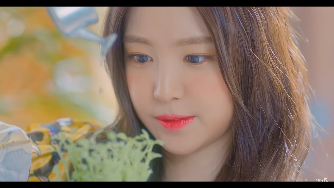 Like how glowing with a youthful shade we use on the eyes, the cheeks should be the same. Thus the Apink girls used shades of peach/orange/pink on the ...