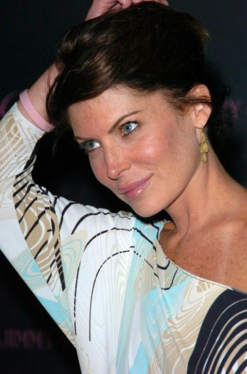 Lara Flynn Boyle Plastic Surgery Before And After Facelift