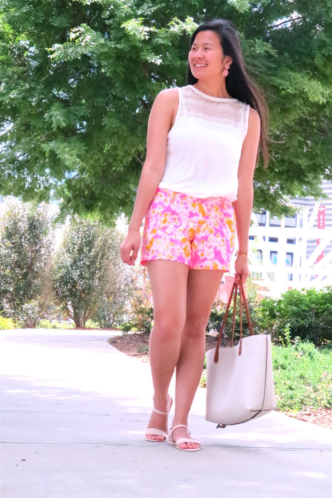 Styling_Lilly_pulitzer_shorts