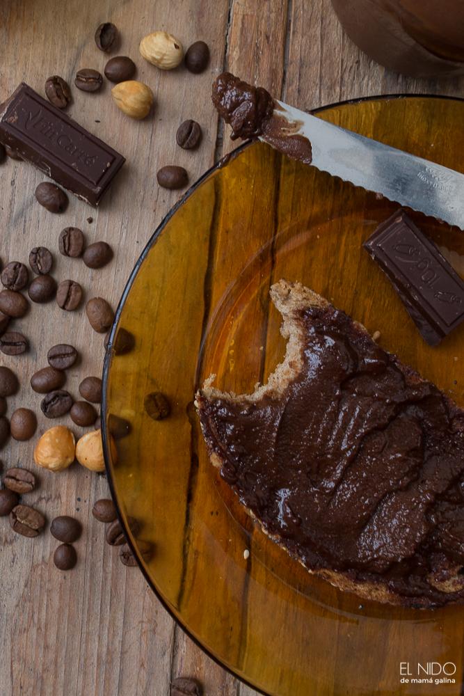 crema de avellanas y cacao con café