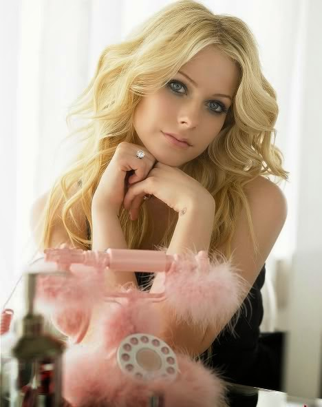 Latest Hairstyle Avril Lavigne Hairstyles For Women