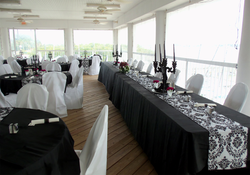 The Bar And Buffets Were Dressed In Black White With Bridal Party Bringing Stylish Flair To Guest Tables Head Table Bohemian