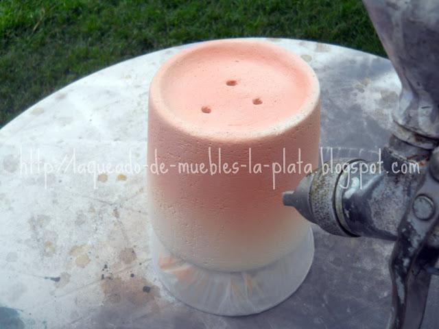 Esmaltar cerámica con pistola de pintar