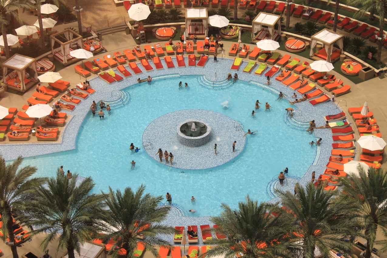 Every day life of a professor 39 s wife red rock casino - Why eyes get red in swimming pool ...