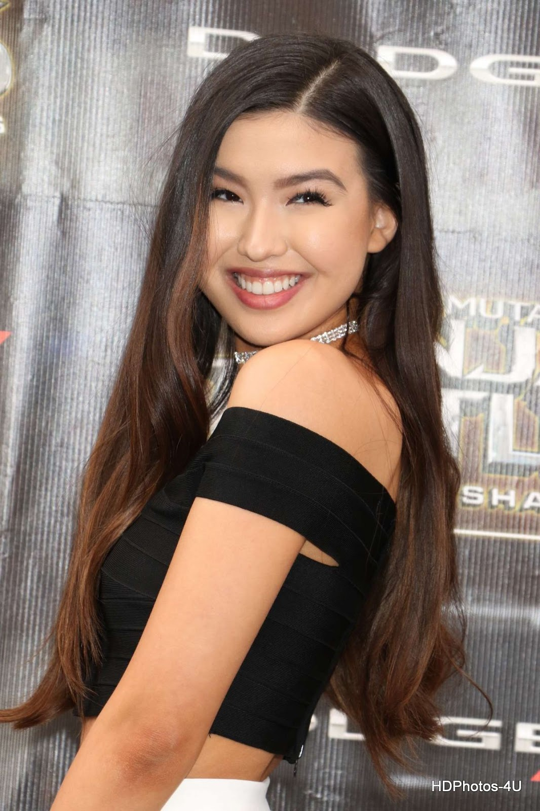 Full Photos of Erika Tham At Teenage Mutant Ninja Turtles Out Of The Shadows Premiere In Mew York