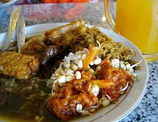 Kuliner Indonesia - Rawon Pak Pangat