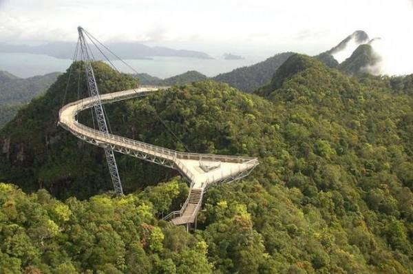 Langkawi Sky Bridge, Malaysia by Dylan Walters