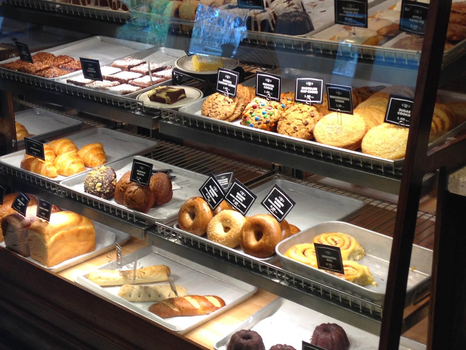 The Pastry Chef's Baking: Cafe review: Corner Bakery Cafe