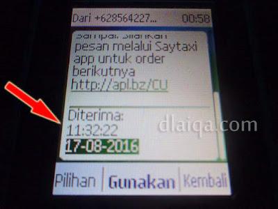 waktu sms diterima yang bersamaan dengan datangnya taksi (11:32)