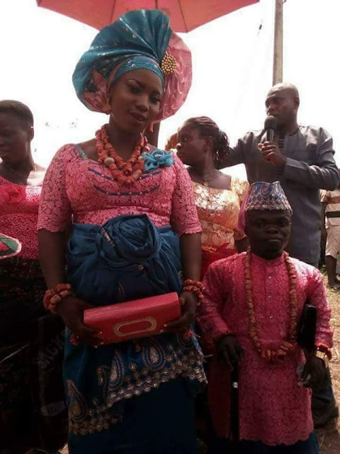 Love conquers all! Photos from the wedding of a Nigerian dwarf and his pregnant bride