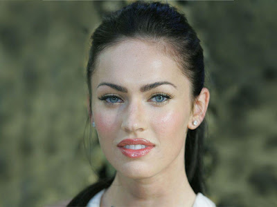 Megan Fox Standard Resolution HD Wallpaper 4