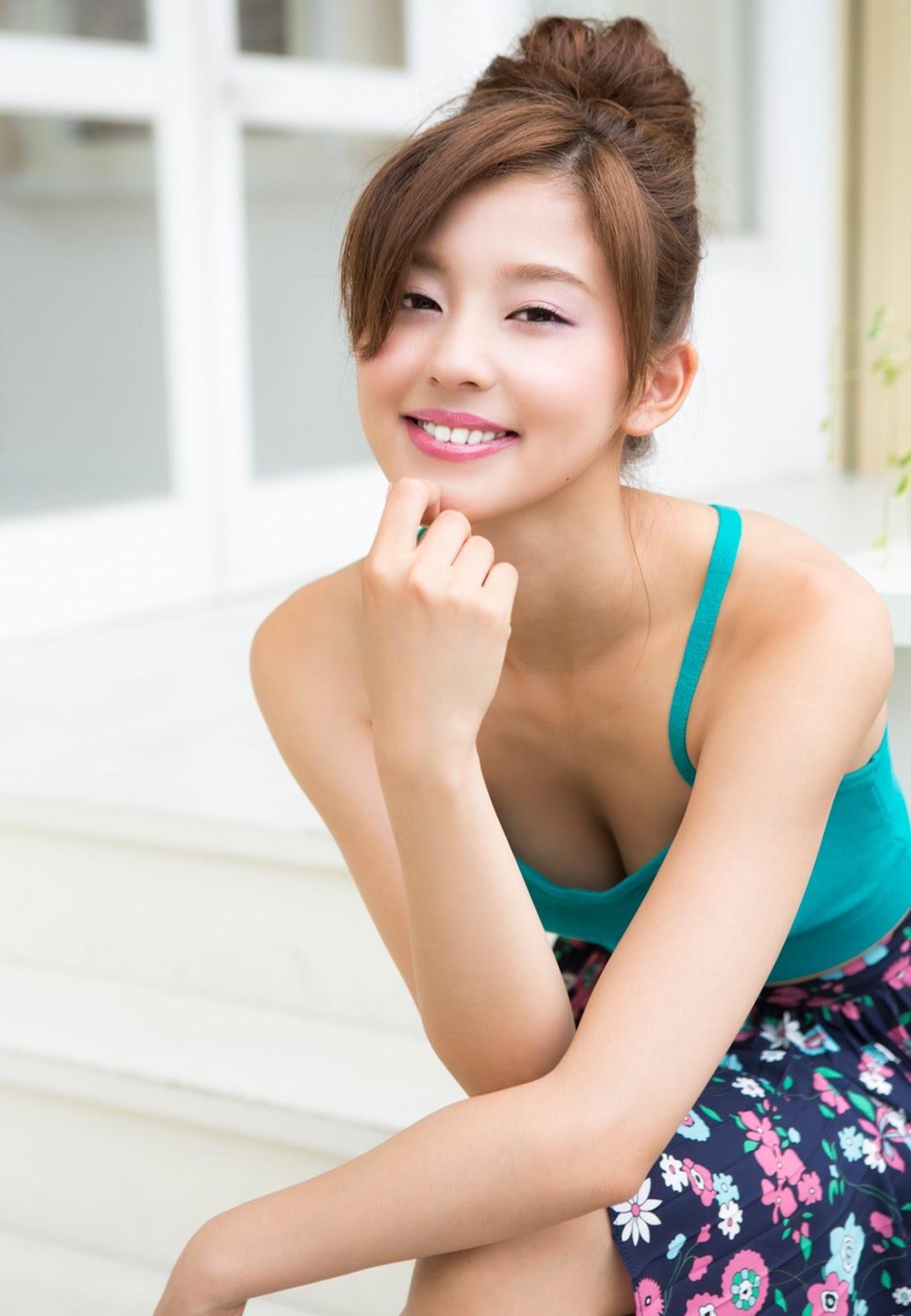 Aya Asahina 朝比奈彩