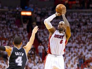 BALONCESTO (Finales NBA 2013) - Game 7: Los Miami Heat celebran su tercer anillo con LeBron James de MVP otra vez