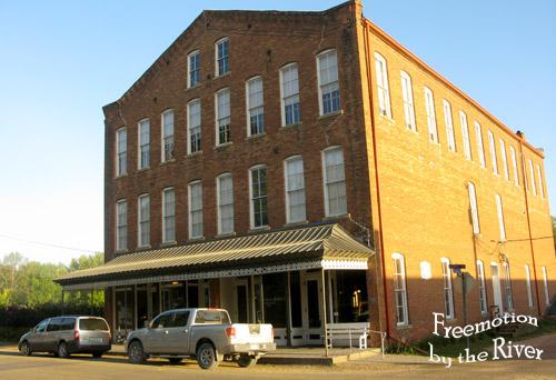 The Bonaparte Inn in Bonaparte Iowa