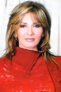 آثار الحكيم (Athar El Hakim)، ممثلة مصرية