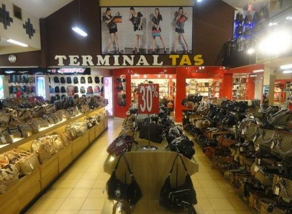 Terminal Tas Factory Outlet Murah di Bandung