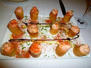 Patatas bravas con salsa rosa