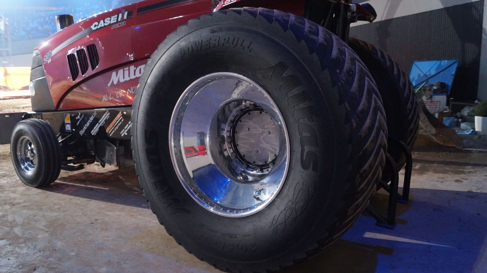 Cut Tractor Pulling Tires : Tractor pulling news pullingworld mitas is