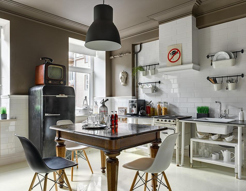 Divano In Cucina. Cucina System Vetro E Soggiorno Day Lucido Diotti ...