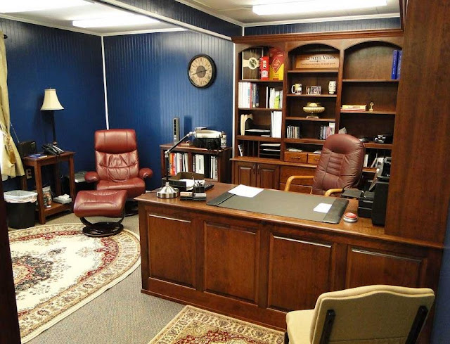 best buy wood home office furniture Naples Florida for sale