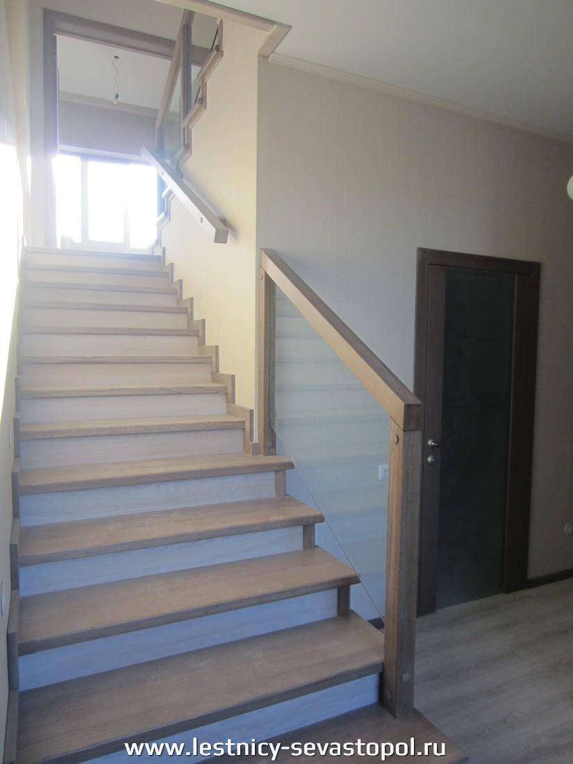 Каркас лестницы руками