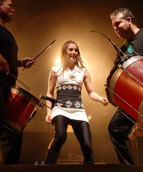 Foto de Soledad Pastorutti en el escenario