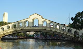 10 things, enjoy, melacca river, bridge