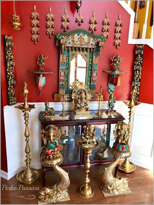 https://pinkzpassion.blogspot.com/2018/12/brassy-goodness-home-tour-of-anuradha.html