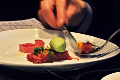 Neuinterpretation Vitelloe Tonnato // Restaurant Equinox Zürich