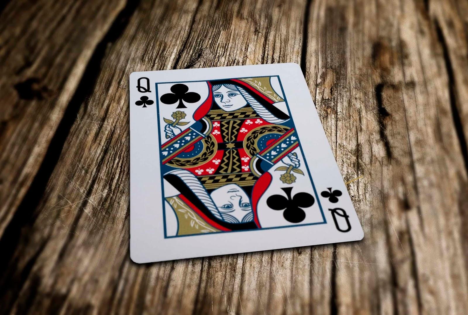 Abandoned Room Playing Cards by Dynamo - Carte Air Cushion Finish - Lassonellamanica.com, un Sito, Tutta la Magia! Giochi di Prestigio.