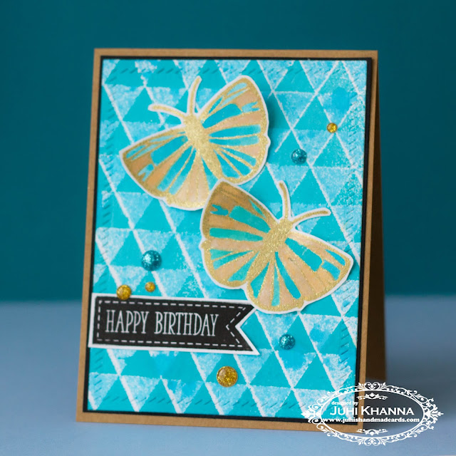 Stencilled background with Lindy's Stamp Gang Starburst spray and distress ink sprays. The stencil is from #MFTstamps. Stamps from #happylittlestampers and #clearlybesotted