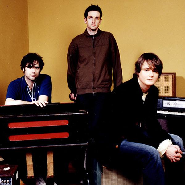 Keane - Live at the Aragon Ballroom Chicago 2005 1080i (1 link)