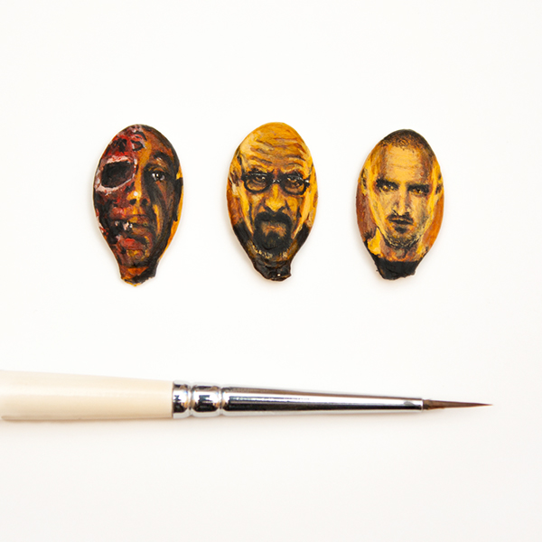 16-Breaking-Bad-Salavat-Fidai-Салават-Фидаи-Miniature-Paintings-on-Matchboxes-and-Pumpkin-Seeds-www-designstack-co