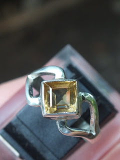 cincin wanita citrine