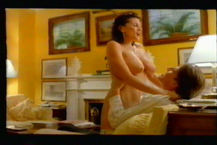 Лесбийские сцены с сереной гранди — pic 1