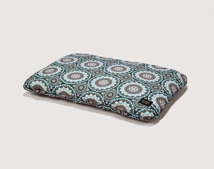 http://bubulinka.pl/pl/lamillou-sbed-pillow-poduszka-mosaic.html