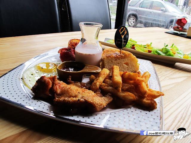 IMG 0674 - 【台中美食】1770 cafe ,置身在彩虹屋底下的美食饗宴,餐點讓你隨意搭配,想吃甚麼就搭甚麼