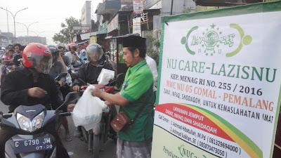 Takjil on The Road NU CARE LAZISNU Comal Pemalang 2018