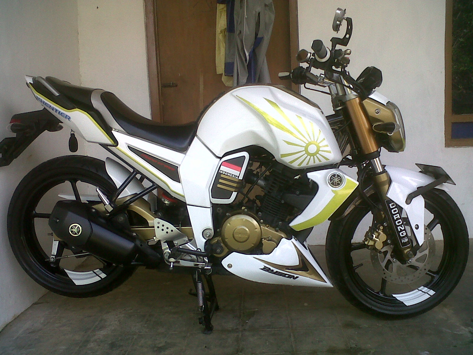 Modifikasi byson sederhana street fighter fi touring full