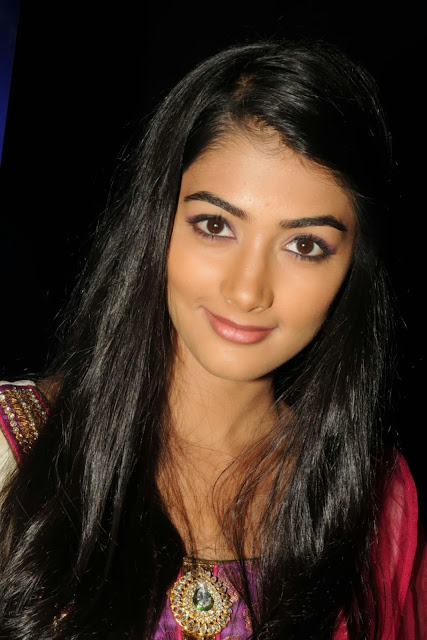 Pooja Hegde Wallpapers 2018