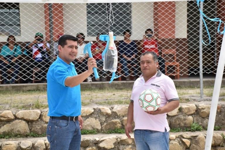 Inauguran loza deportiva en Huañimbita - Cajabamba