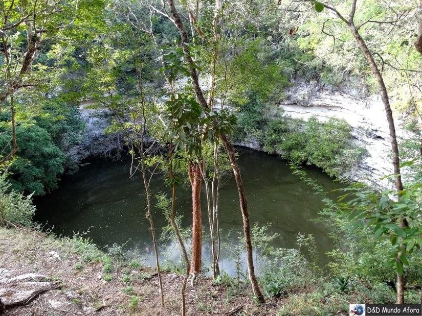 Cenote Sagrado - Passeio em Chichen Itza: cidade maia no México