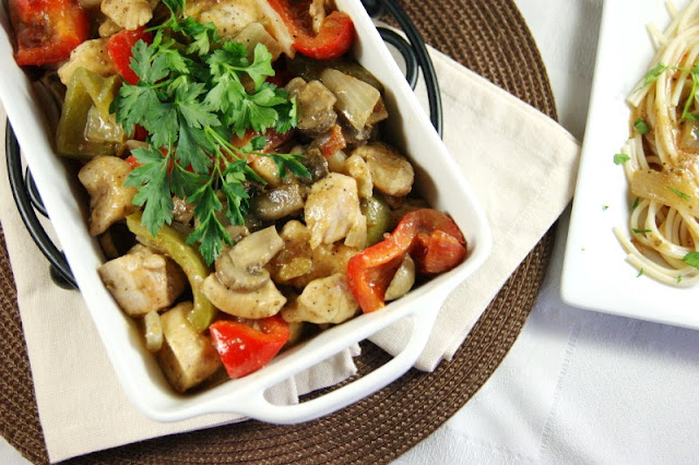 Easy Baked Chicken Cacciatore