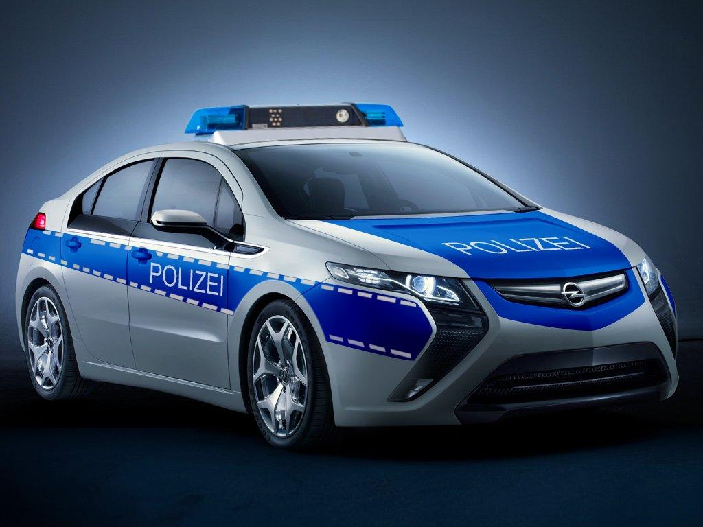 Opel Touts The Silent Advantages Of Having An All Electric Police Cruiser